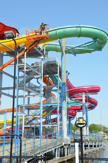 Waterpark ride