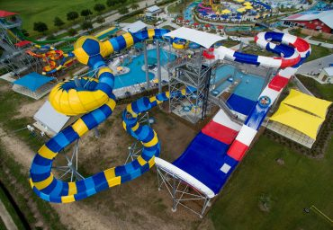 Waterslides Family Iconic AquaSphere