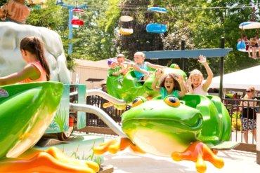 Leapin Frog Ride at Dutch Wonderland